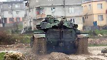 Granaten auf kurdische Dörfer: Türkei beginnt Offensive in Afrin