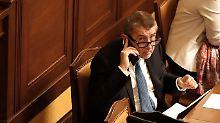 Politskandal in Tschechien: Parlament entzieht Babis die Immunität