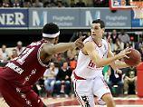 Der Sport-Tag: Bambergs Basketballer geben Schiri Schuld am Double-Aus