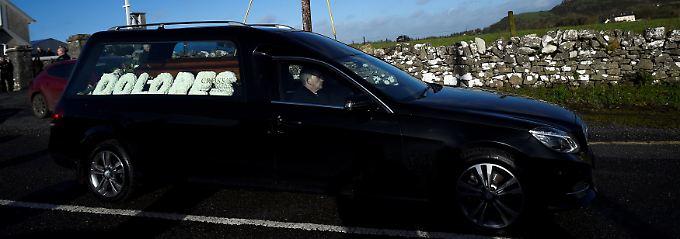 Im Beisein von Mutter und Band: Dolores O'Riordan in der Heimat beerdigt
