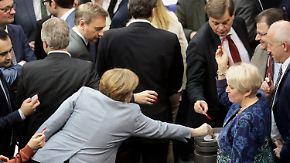 Familiennachzug bleibt ausgesetzt: Parlament beschließt den Kompromiss von Union und SPD