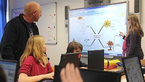 """""""Leuchtturmprojekt Bildung"""": Groko will Milliarden Euro in IT an Schulen stecken"""