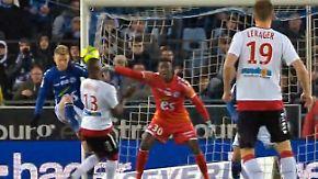 Slapstick in der Ligue 1: Verteidiger schießt Gegenspieler an - Ball fällt ins eigene Tor