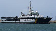 Leichen von Schiff aus entdeckt: Flüchtlinge ertrinken vor Melilla