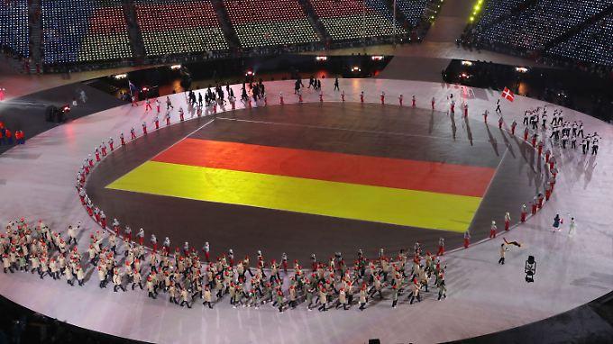 Das Olympiastadion beim Einlauf der deutschen Mannschaft.