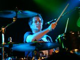 """To Be With You"": Drummer von Mr. Big ist tot"