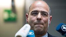 """""""Merkelnutte lässt jeden rein"""": E-Mail bringt AfD-Politiker Boehringer in Not"""