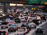 Mit 102 Staustunden im Jahr steht man in Los Angeles weltweit am längsten im Stau.