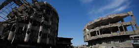 Vor allem in Mossul, der weitgehend zerstörten Hauptstadt der irakischen Provinz Ninive, ist das Leben nur eingeschränkt möglich.