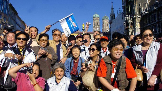 Sechseinhalb Millionen Chinesen reisen in den kommenden Tagen ins Ausland.