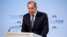 """Nach Anklagen in Russland-Affäre: Lawrow: """"Nur Geschwätz"""" und keine Fakten"""
