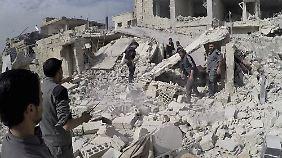 Rebellengebiet Ghuta, ein Vorort von Damaskus, ist vollständig von Regierungstruppen eingeschlossen.