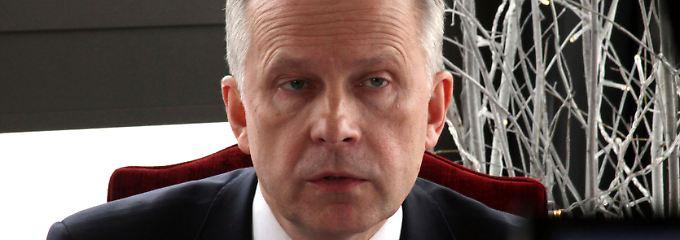 Finanzkrimi in Lettland: Zentralbankchef Rimsevics suspendiert