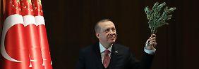 """Warnung an Kurden und Amerikaner: Erdogan prophezeit einen """"heißen Sommer"""""""