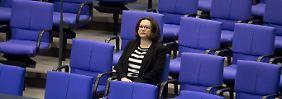 RTL/n-tv Trendbarometer: SPD legt leicht zu, Nahles sackt ab