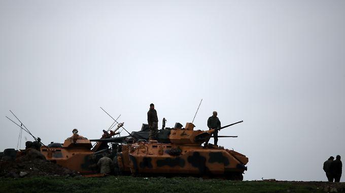 Türkische Soldaten nahe der Grenze zu Syrien.