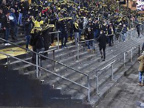 Fast 27.000 Zuschauer verzichteten auf die Montagspartie des BVB gegen den FC Augsburg.