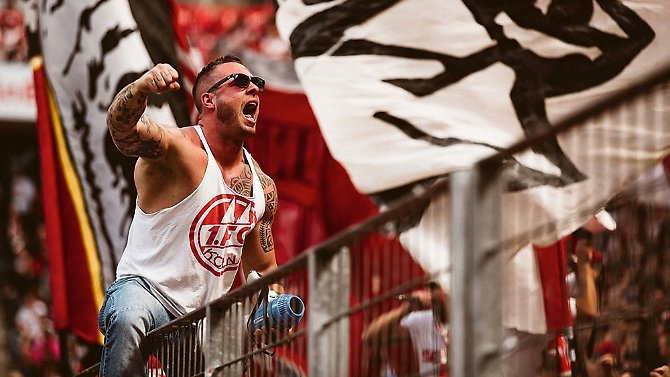 Ein Traum wird wahr: Im letzten Spiel der Saison 2016/2017 qualifizierte sich Fußball-Bundesligist 1. FC Köln mit dem 2:0 gegen den FSV Mainz 05 für die Europa League.