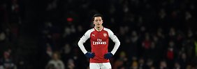 Pfiffe für Özil und Co: Arsenal unterliegt ManCity schon wieder