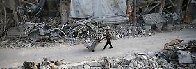 Rebellen lehnen Abzug ab: Assad verstärkt Truppen vor Ost-Ghuta