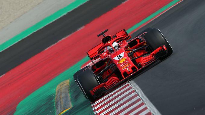 Sebastian Vettel kommt mit seinem SF71H auf Touren.