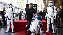 Zwischen R2-D2 und Stormtroopern: Mark Hamill bekommt seinen Stern