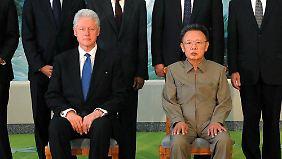 2009 traf der ehemalige US-Präsident Clinton den damaligen Diktator Kim Jong Il - dass ein US-Präsident einen Machthaber aus Nordkorea während seiner Amtszeit traf, kam bisher nicht vor.