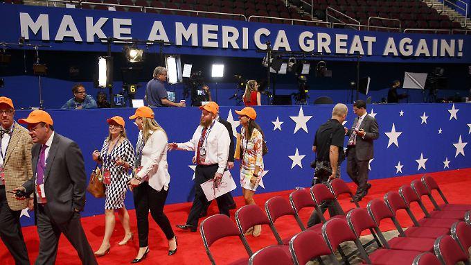 """""""Make America Great Again"""" war gestern. Trump geht davon aus, dass er dieses Ziel in zwei Jahren erreicht hat."""