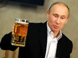 Schmeckt ihm. Nicht zuletzt dank Merkel ist Putins Bierversorgung gesichert.