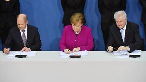 Krach am ersten Tag: Neue Regierung unterzeichnet Koalitionsvertrag