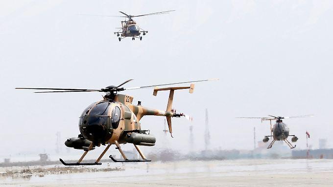 Die afghanische Luftwaffe fliegt unter anderem mit MD-530-Helikoptern. In anderen Ländern sind mit dem Modell eher Touristen unterwegs.
