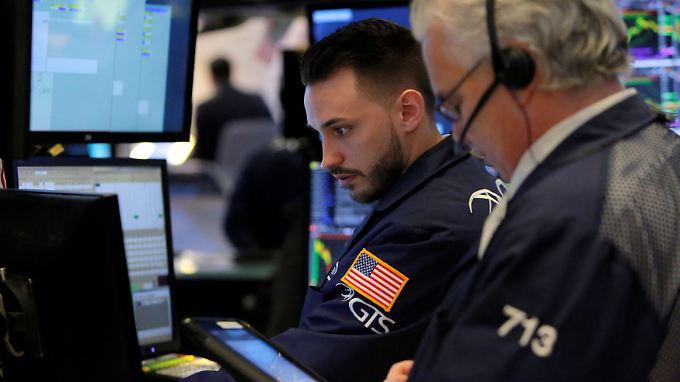 Dickes Minus im Dow: Trumps Protektionismus droht den Kursaufschwung an den US-Börsen abzuwürgen.