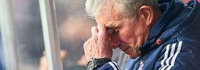 """Bayern-Trainer Jupp Heynckes sah es genauso: """"Wir sind heute auf einen Gegner getroffen, der sehr laufstark und aggressiv war. (...) Deshalb muss man klar sagen, dass Leipzig der verdiente Sieger ist. Es gibt solche Spiele, wo man nicht so souverän auftritt. Wir müssen auch um unsere Siege kämpfen, heute war mit Leipzig ein überragender Gegner da. Das muss man anerkennen."""""""