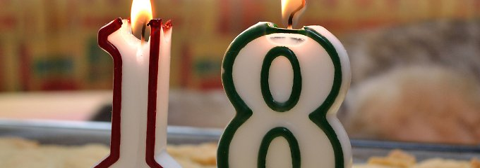 Ab dem 18. Geburtstag kann eine junge Frau oder ein junger Mann gegenüber den Eltern einen Anspruch auf Barunterhalt geltend machen.