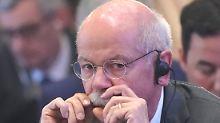 Der Börsen-Tag: Daimler brechen nach Dividenden-Ausschüttung ein