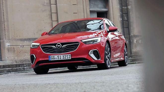 Motorsport-Erfahrung für den Alltag: Opel verpasst Insignia sattes GSI-Upgrade