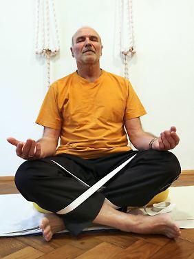 Yoga ist eine Wohltat für Körper und Geist - das gilt für alle Altersgruppen.