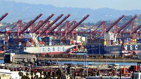 Welt-Index im März: Schwelender Handelsstreit treibt die Börsen um