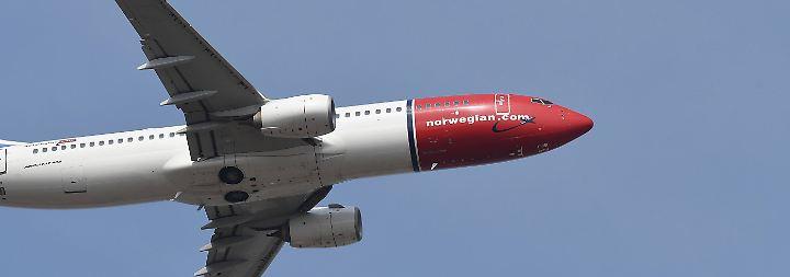 Die British-Airways-Mutter IAG hatte sich vergangene Woche mit knapp fünf Prozent an Norwegian Air eingekauft und erwägt nach eigenen Angaben eine Komplettübernahme.