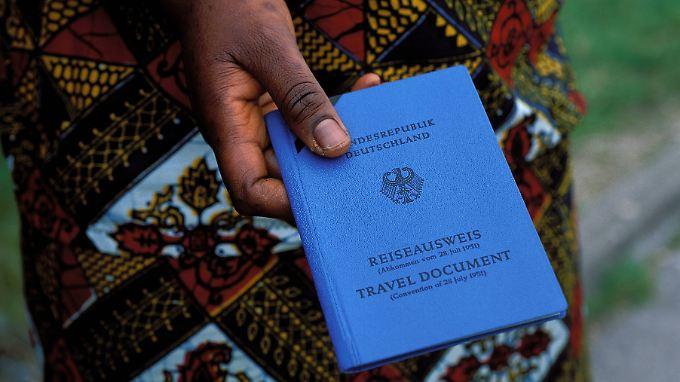 Ein von Deutschland ausgestellter Reiseausweis ist viel Geld wert.
