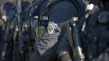 Nach Streit und Schießerei: GSG 9 stürmt Wohnungen von Clans