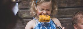 Suche nach optimaler Ernährung: Brauchen Kinder Fleisch und Wurst?