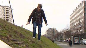 """3,5 Millionen Euro für künstliche Düne: """"Rasenskulptur"""" sorgt für Kopfschütteln in Berlin"""