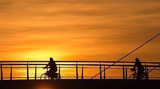 Sommerwetter auf dem Rückzug: Milder Nacht folgt durchwachsener Montag