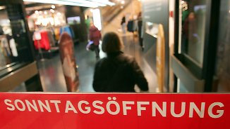 Kampf gegen boomenden Online-Handel: Einzelhändler protestieren gegen Sonntagsruhe