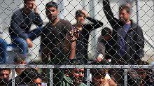 Mehrere Migranten verletzt: Polizei räumt Protestcamp auf Lesbos