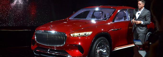 Mercedes Designchef Gorden Wagner erläutert die Philosophie hinter dem Vision Mercedes-Maybach Ultimate Luxury.