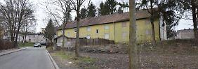 Abbruchreif, aber bewohnt: Häuser im Problemviertel Kirchberg