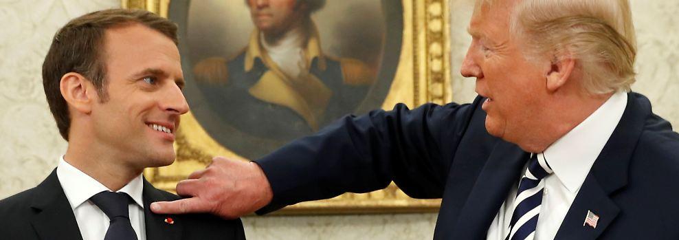Weg mit den Schuppen!: Wenn Donald Trump mit Emmanuel Macron ...