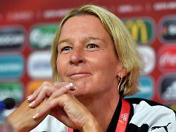 DFB bestätigt Chef-Personalie: Voss-Tecklenburg trainiert DFB-Frauen